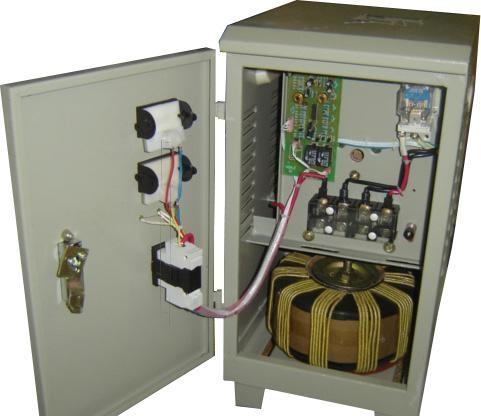 四线三相稳压器使用注意事项--机床变压器|三相稳压器